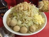 「小ラーメン+うずらの卵5コ」@ラーメン二郎 茨城守谷店の写真