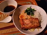 「骨付き豚バラ肉のつけ麺」@Vulcania Restaurantの写真