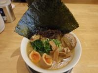 「あってり麺(しお)750円+全部のせスペシャル(350円)」@あってりめんこうじの写真