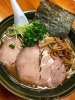 「【夜の部】濃い口醤油らーめん¥780+大盛り¥100」@あぢとみ食堂の写真