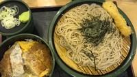 「かつ丼セット・冷たいおそば(650円)イカ天クーポン」@ゆで太郎 錦糸公園前店の写真