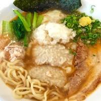 「ワンタン海老そば950円」@海老・特濃煮干そば まるはの写真