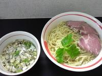 「「限定」アゴ細つけめん、大盛」@自家製麺SHINの写真