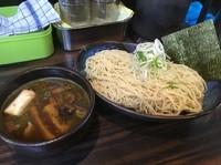 「鴨煮干つけ麺¥850(中盛サービス)」@丸め~背脂煮干~の写真