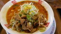 「辛味噌拉麺+焼きもつ」@おおぎやラーメン 高崎倉賀野店の写真
