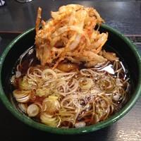 「かけ(¥320)+かき揚げ(クーポン)」@ゆで太郎 新大塚店の写真