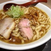 「喜多方ラーメン 800円(大盛)」@麺や 七彩 東京駅の写真