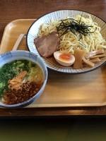 「深谷店限定 ねぎ塩つけ麺 税込み702円」@東京とんこつ とんとら 深谷店の写真