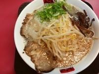 「もやしらーめん+辛子高菜」@新月の写真
