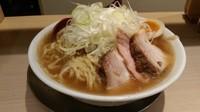 「喜多方らーめん(醤油)+特製(1000円)」@麺や 七彩 東京駅の写真