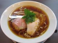 「醤油らぁ麺(730円)」@らぁ麺 紫陽花の写真