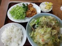 「タンメンとりから定食780円」@ともべ食堂の写真