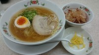 「日本ラーメン」@餃子の王将 淡路西口店の写真