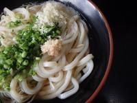 「中華麺1玉、うどん1玉(300円)」@松下製麺所の写真