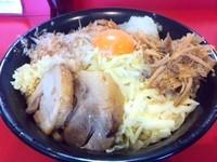 「まぜそば+チーズ+玉ねぎ+ほぐし鶏」@麺屋 桐龍の写真
