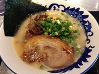 「FUBUKI豚骨(硬め)+黒豚餃子+ライス」@麺匠 佐蔵 FUBUKIの写真