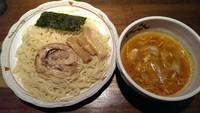 「塩オロチョンつけ麺、大盛り」@らーめん やじるし 下北沢店の写真