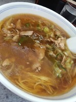 「肉ソバ700円」@まるよしの写真