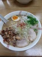 「醤油ちゃーしゅー麺大盛り」@らーめん 弥七の写真