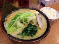 「とんこつ味噌(大盛り)780円+120円」@金沢家の写真