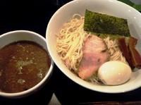 「にぼしつけ麺850円+味玉100円」@ニボコテの写真