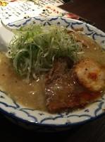 「しょうゆ」@京都進化系 三代目 ねかし鶏ガラとんこつラーメン よってこやの写真