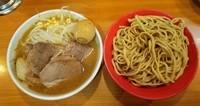 「小つけ麺豚入り:1030円+気まぐれたまご:100円」@ラーメン二郎 八王子野猿街道店2の写真