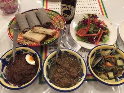 「ドロワット/ヤベグアリチャ/ゴメンワット」@QueenSheba Ethiopian Restaurantの写真