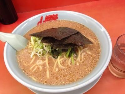 「味噌ラーメン(大)790円」@ラーメン山岡家 厚木店の写真