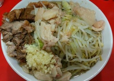 「豚入りラーメン ニンニクアブラ 780円」@ラーメン二郎 松戸駅前店の写真
