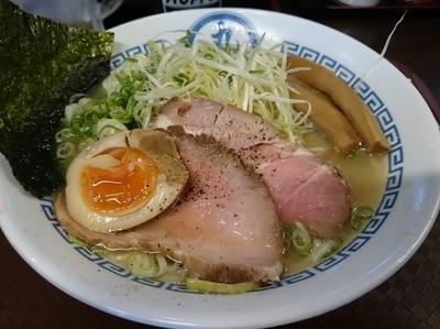 「帆立塩らぁ麺760円+ホッピー&中」@煮干 丸めの写真