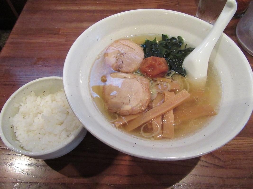 錦糸町で行くべきラーメン店10選!たっぷり背脂に野菜もりもりタンメンなど