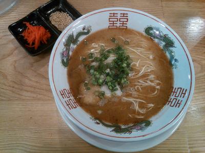 「【限定】とんこつラーメン ¥750+替玉 ¥100×2」@ソラノイロ salt & mushroomの写真