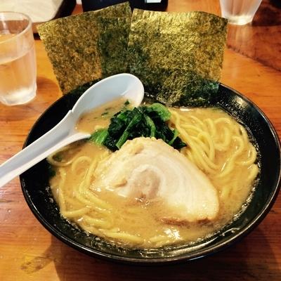 「醤油ラーメン」@横浜家系ラーメン 檜家の写真