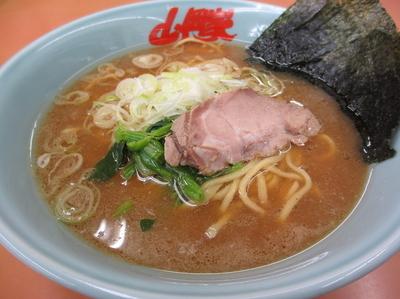 「醤油ラーメン¥620」@ラーメン山岡家 厚木店の写真