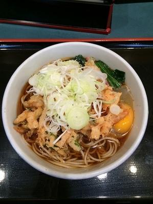 「かき揚げそば+生卵 ¥370」@小諸そば 茅場町店の写真
