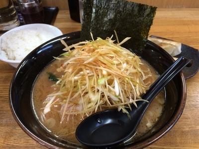 「豚骨醤油ネギラーメン」@麺唐の写真