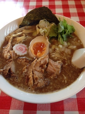 「こってり中華そば 中  細麺」@らー麺Chopの写真