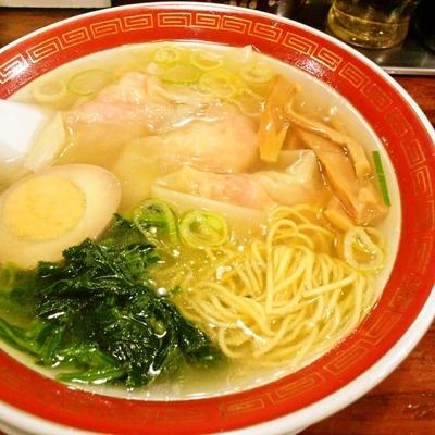 「清湯海老雲呑麺 ミニサイズ」@広州市場 西新宿店の写真