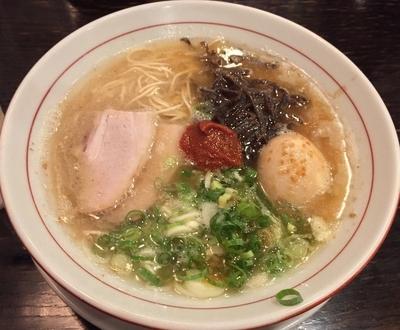 「赤・玉子のせ+替玉(¥700+サービス)」@麺ダイニング 福の写真