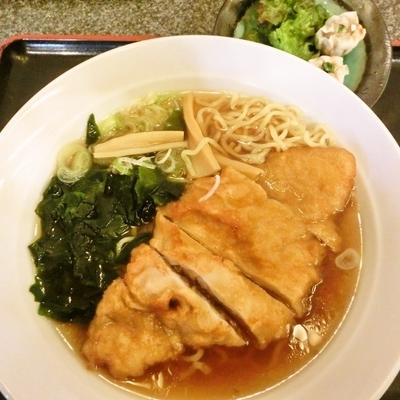 「日替わりランチ パーコー麺と焼売のセット(680円)」@満天の湯1階お食事処 季膳房の写真