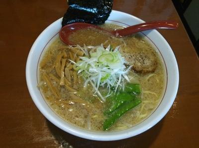 「ラーメン(大盛)」@麺 GAKUの写真
