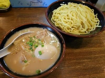 「塩つけ麺 (2玉) +味玉:サービス券」@らあめん 塩八の写真