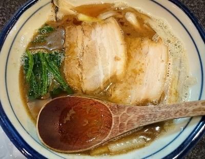 「かけラーメン (151007)」@烈志笑魚油 麺香房 三くの写真