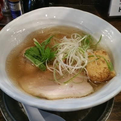 「塩くん玉らぁ麺」@卓朗商店の写真