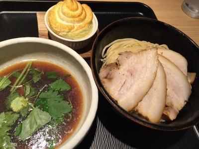 「あっさり淡麗チャーシュー煮干しつけ麺+メレンゲ」@煮干し中華そば 一燈の写真