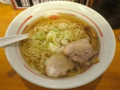 「しょうゆらーめん 650円 ※麺硬め」@手打ちらーめん なりやの写真