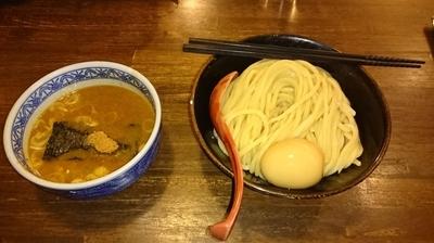 「つけ麺300g+煮たまご」@つけ麺専門店 三田製麺所 阿倍野店の写真