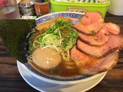 「特製鴨煮干そば(¥980)」@丸め~背脂煮干~の写真