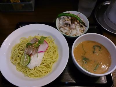「【限定】メジナの洗い和えつけ麺・変わり飯付」@ラーメン愉悦処 似星の写真